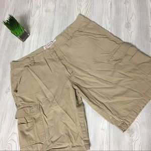 "EUC G&M Cargo Shorts 38"" Waist"